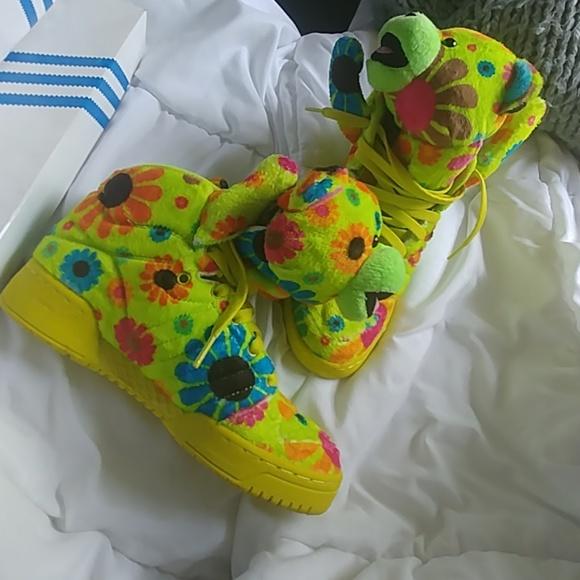 quality design 70d63 13a64 Gently used Jeremy Scott bear addidas
